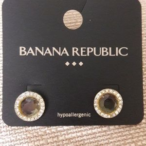 New Banana Republic Stud Earrings